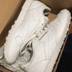 Classic white leather Reebok